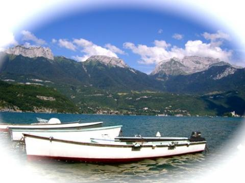 sports nautiques sur le lac d 39 annecy annecy et lac annecy hotel camping r sidence location. Black Bedroom Furniture Sets. Home Design Ideas
