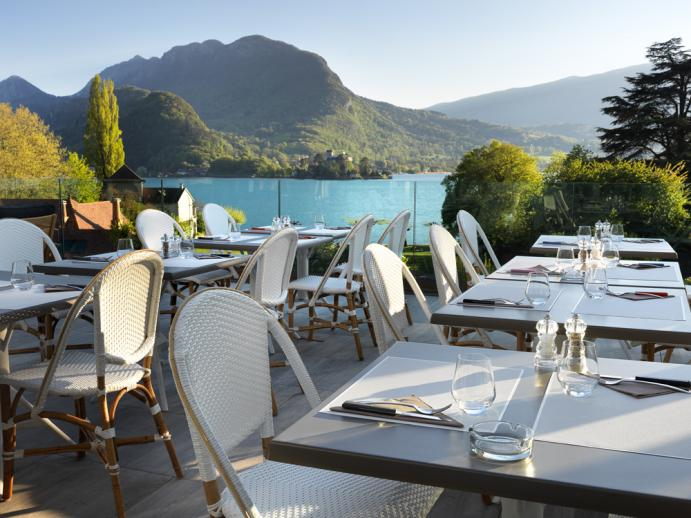 terrasse vue lac annecy